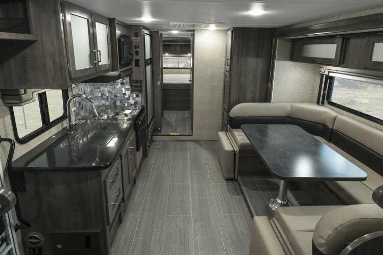 5 Of The Best Class C Rvs For Your Rv Lifestyle Coverquest