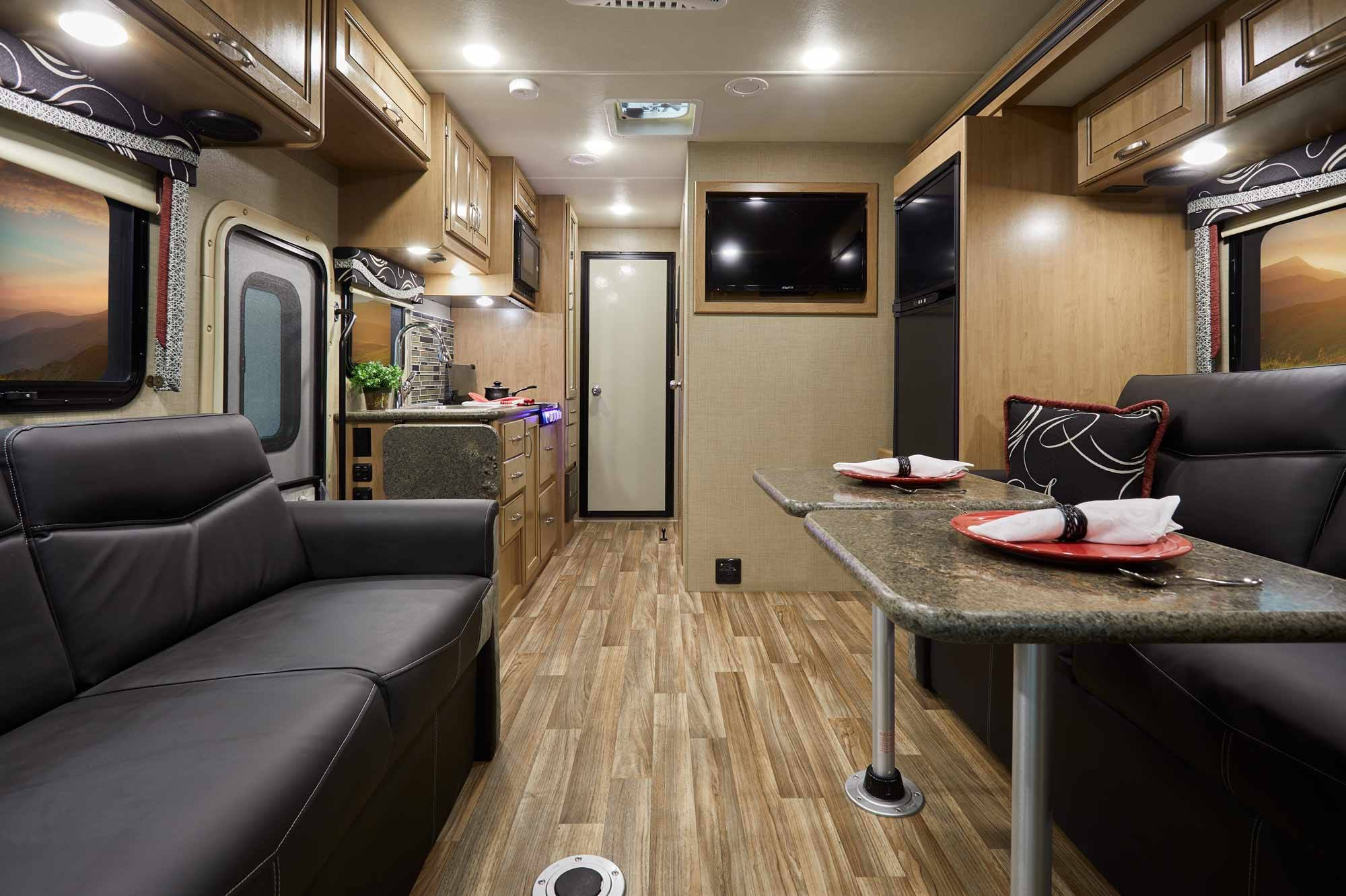 5 of the Best Class C RVs for Your RV Lifestyle | CoverQuest